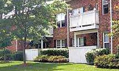 Ashton Apartments, 2