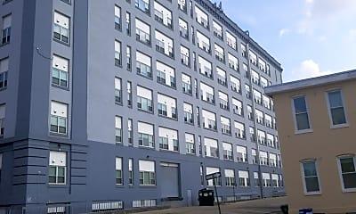 Johnston Square Apartments, 2