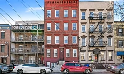 Building, 118 Adams St 2, 0