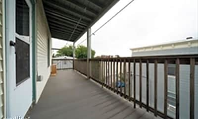 Patio / Deck, 7 Grafton St, 2