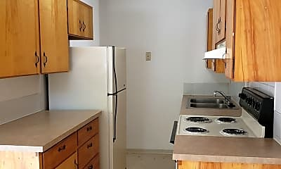 Kitchen, 215 Henley St, 1