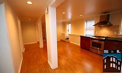 Kitchen, 586 Hickory St, 1