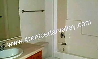 Bathroom, 3844 W 4th St, 1