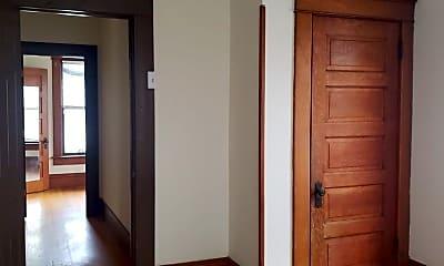 Living Room, 508 W Green St, 2