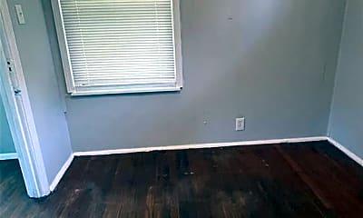 Bedroom, 1431 W Pruitt St, 2