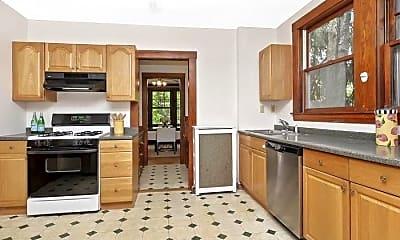 Kitchen, 66 Algonquin Rd, 1