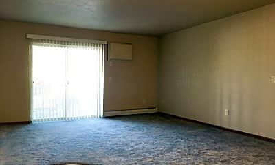 Living Room, 1540 Golden Valley Lane/1800-1820 16th Street NW, 0