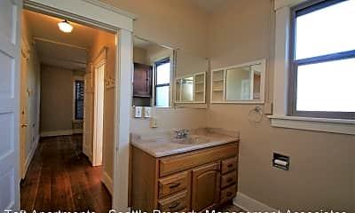 Bathroom, 1215 E Spring St, 2