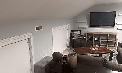 Living Room, 514 Eastview Cir, 1