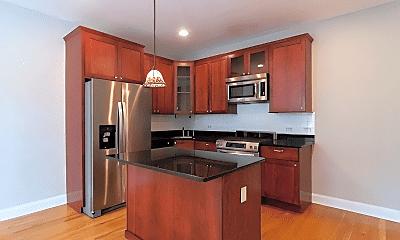 Kitchen, 1330 W Argyle St, 2