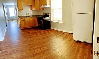 Kitchen, 4431 S Marshfield Ave, 1