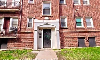 Building, 6100 S Eberhart Ave, 1