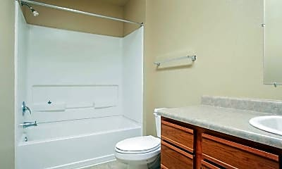 Bathroom, Huntington Chase Apartments, 2
