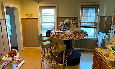 Dining Room, 108 S Main St SIDE, 1