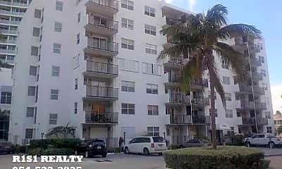 Building, 3000 Riomar St, 1