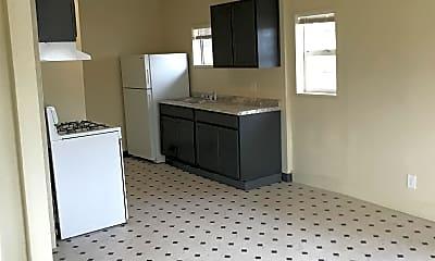 Kitchen, 3031 Connie Dr, 1
