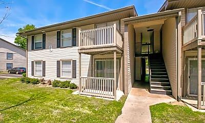 Building, Flint River Apartment Homes, 0