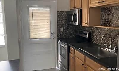 Kitchen, 525 Meridian Ave, 1