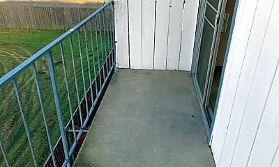 Patio / Deck, 1161 E Yosemite Ave, 2