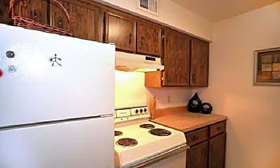 Kitchen, 815 Pecan Point Rd, 2