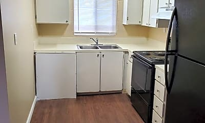 Kitchen, 500 S River St, 2
