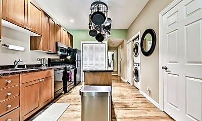 Kitchen, 934 W Fry St 1E, 1