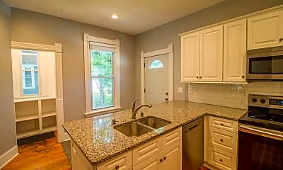Kitchen, 512 W 31st St, 1