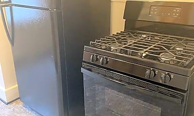 Kitchen, 17370 Westbrook St, 2