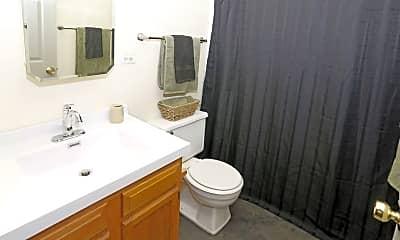 Bathroom, 208 N Harvey St, 2
