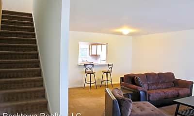 Living Room, 532 Pheasant Run Cir, 1