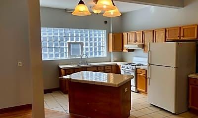 Kitchen, 2536 S Millard Ave, 1