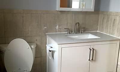 Bathroom, 10 Lembeck Ave 2, 2