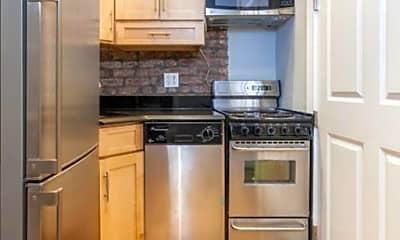 Kitchen, 325 E 35th St, 2