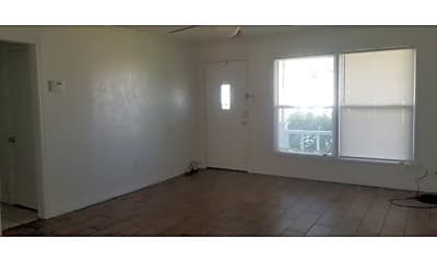 Living Room, 2303 NW 20th St, 1