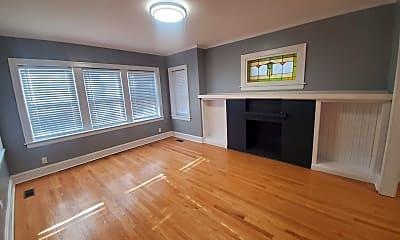 Living Room, 2553 N Newcastle Ave 1, 2