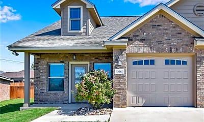 Building, 106 Stockton Family Ct, 2