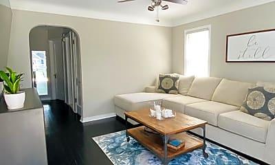 Living Room, 1413 Mohawk Ave, 0