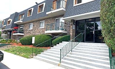 Building, 3221 W Parkway Dr 3D, 0