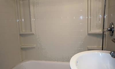 Bathroom, 2141 Edison Ave, 2