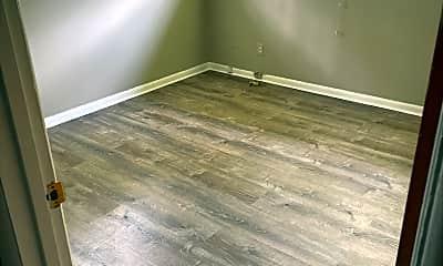 Bedroom, 400 Lula Dr, 2