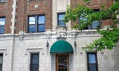 Building, 948 W Cuyler Ave, 2