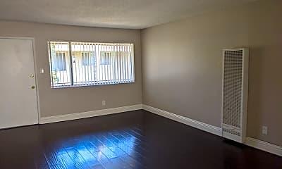 Living Room, 1529 Junipero Ave, 0
