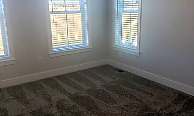 Living Room, 6038 Elysian Rd, 2