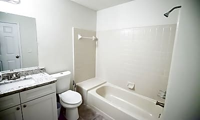 Bathroom, Room for Rent -  a 8 minute walk to bus stop S Hai, 1