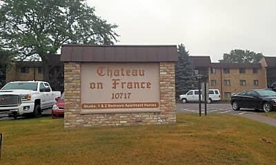 Chateau De France, 1