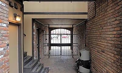 Tombigbee Court, 1