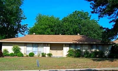 Building, 382 Spenseth Dr, 0
