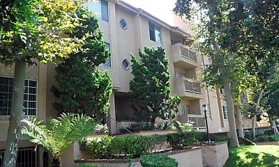 Building, 1616 S Barrington Ave, 0