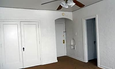 Bedroom, 7527 W National Ave, 1