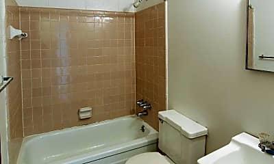 Bathroom, North Hill Farms, 2